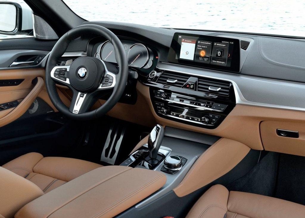 BMW 5-Series (2017) Interior