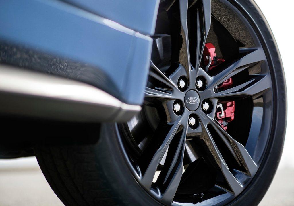 Ford-Edge_ST-2019-1280-08