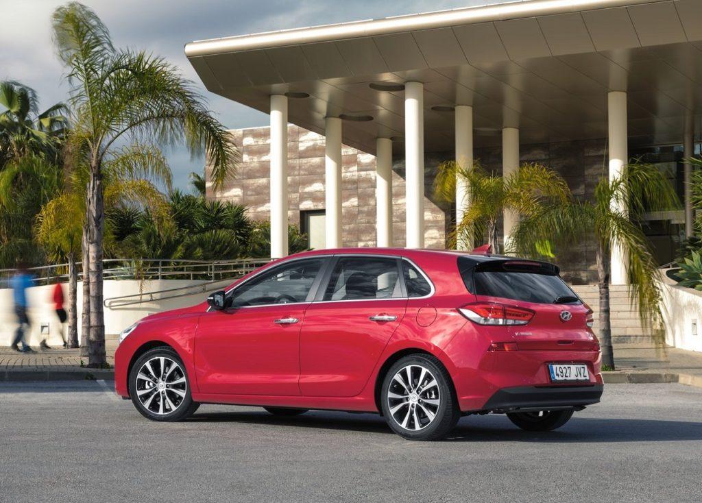 Hyundai-i30-2017-1280-18