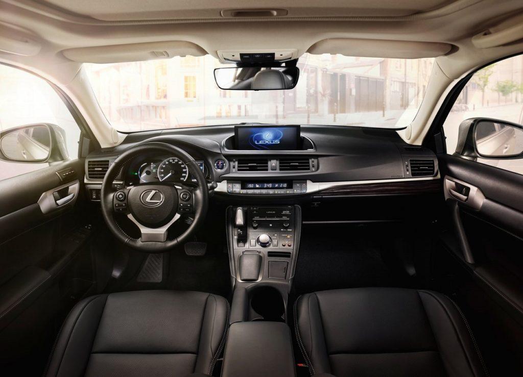 Lexus-CT_200h-2018-1280-1c