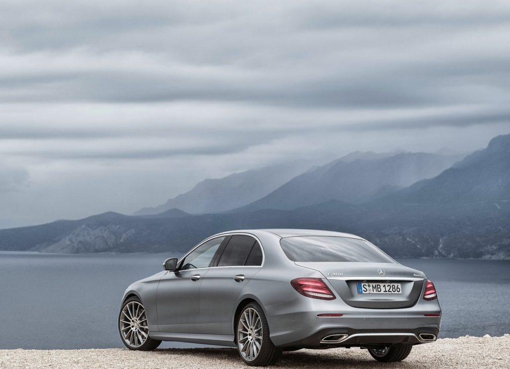 Mercedes-Benz E-Class (2017) Trás Cinzento