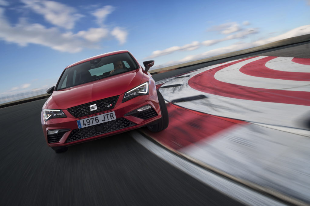 New-SEAT-Leon-Cupra-300-015H_O_HD