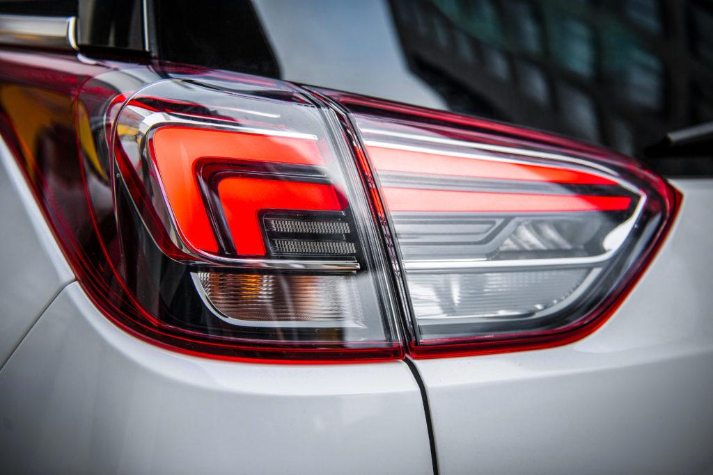 Opel-Crossland-X-305441