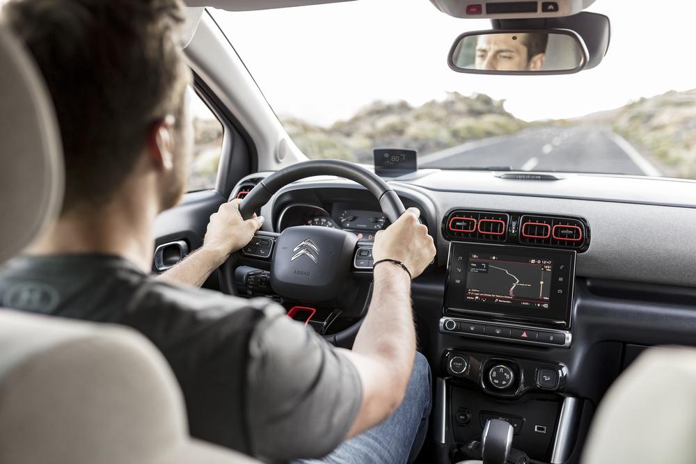 5 hábitos ao volante que podem correr muito mal