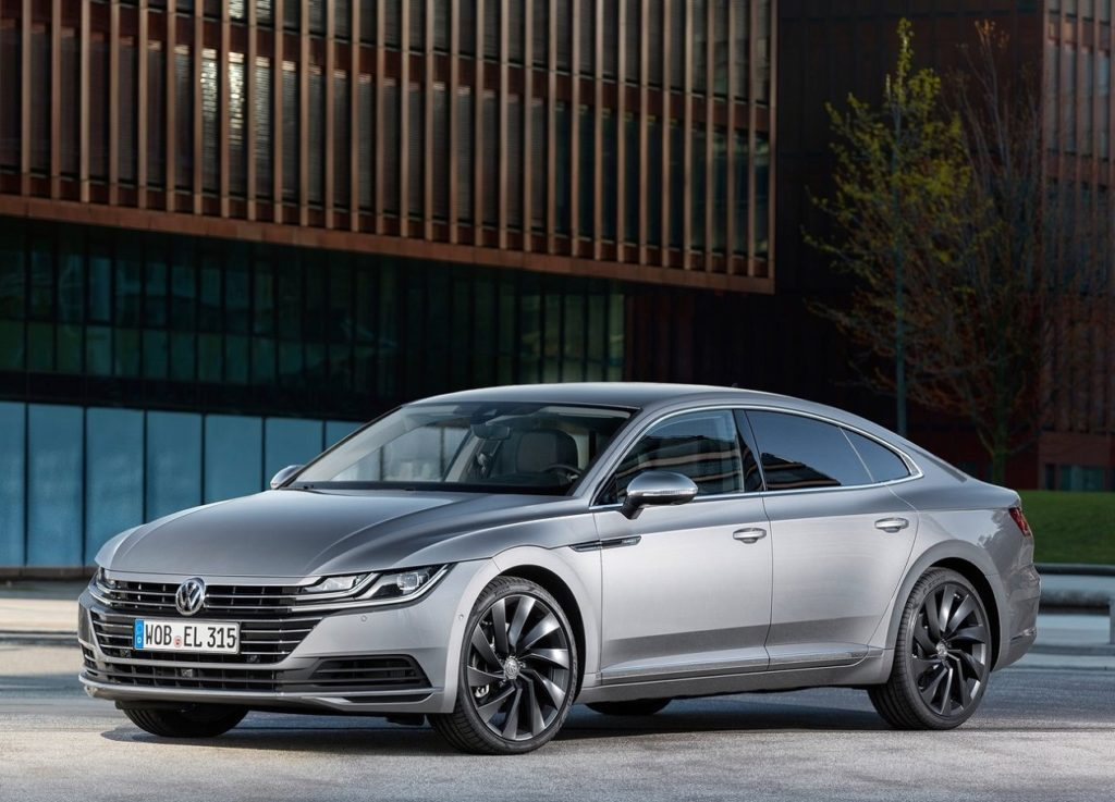 Volkswagen Arteon (2018) Frente