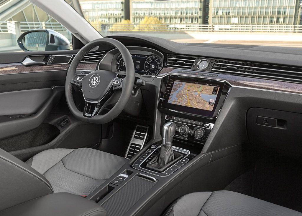 Volkswagen Arteon (2018) Interior