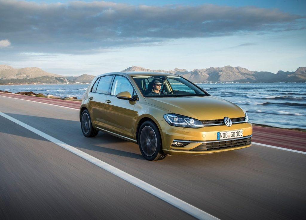 Volkswagen-Golf-2017-1280-18