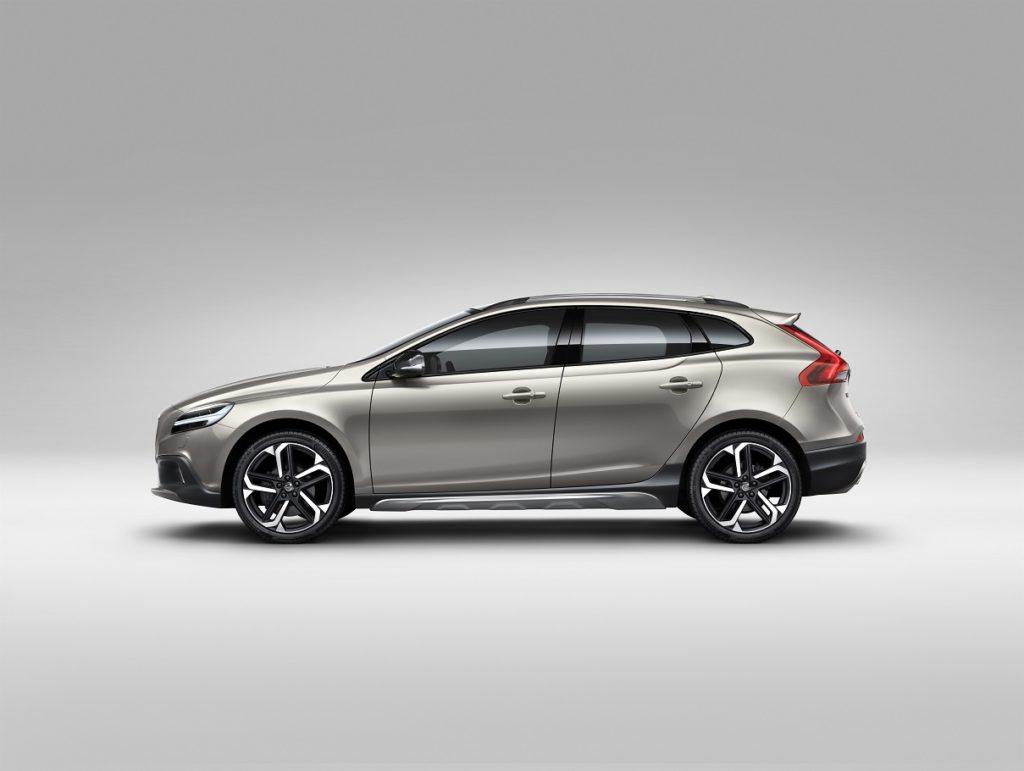 Volvo V40 Cross Country – model year 2017