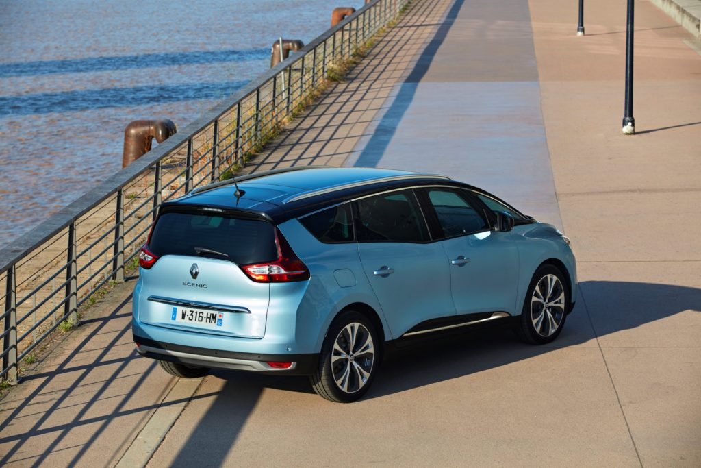 81461_2016_Drive_tests_New_Renault_GRAND_SCENIC_in_the_Bordeaux_region