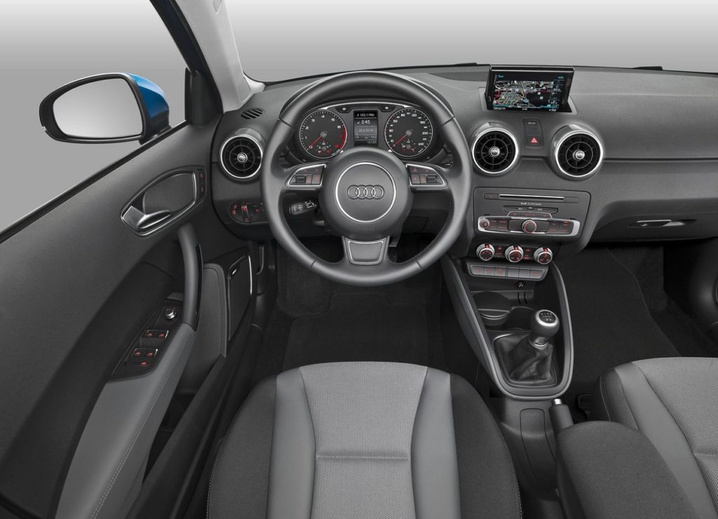 Audi A1 Sportback 2015 (4)—