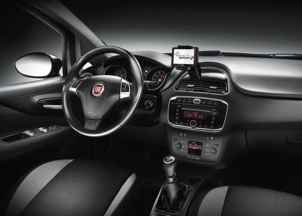 Fiat Punto 2012 (4)