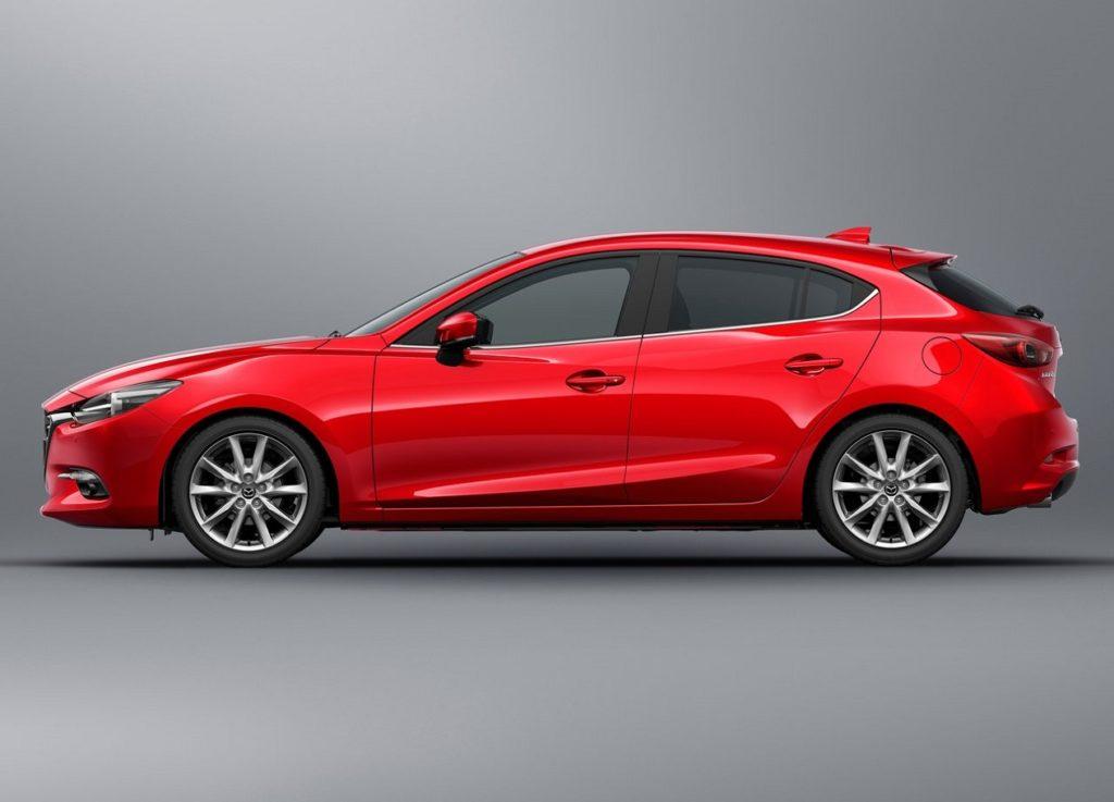 Mazda-3-2017-1280-09