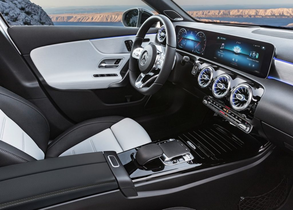 Mercedes-Benz-A-Class-2019-1280-37