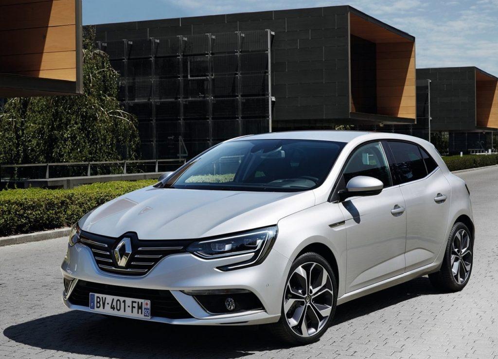 Renault-Megane-2016-1280-06