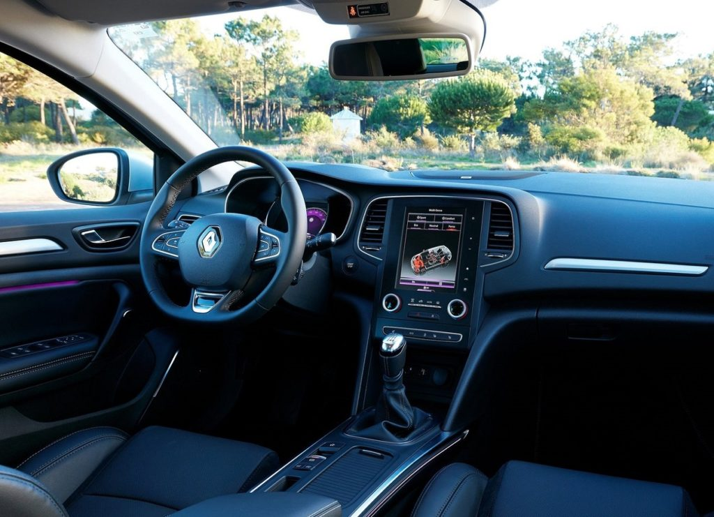 Renault-Megane-2016-1280-62
