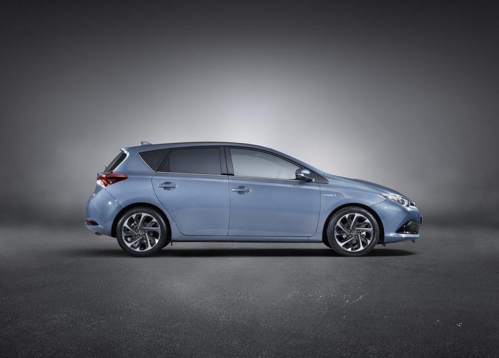 Toyota-Auris-2016-1280-0f