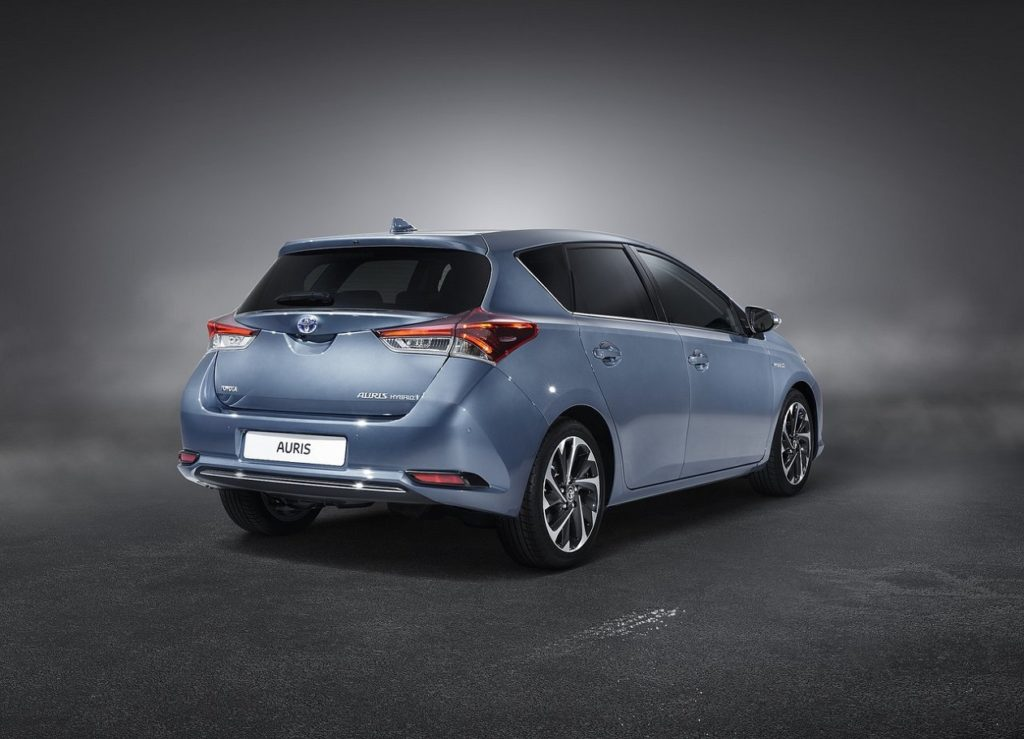 Toyota-Auris-2016-1280-12