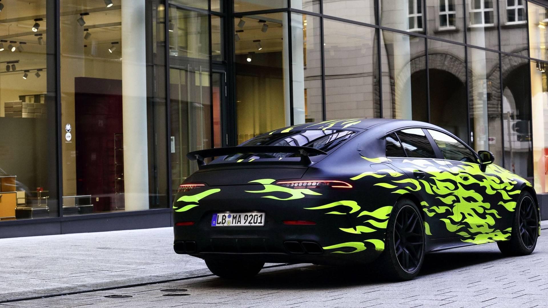 Mercedes publica novas imagens do AMG GT Coupé
