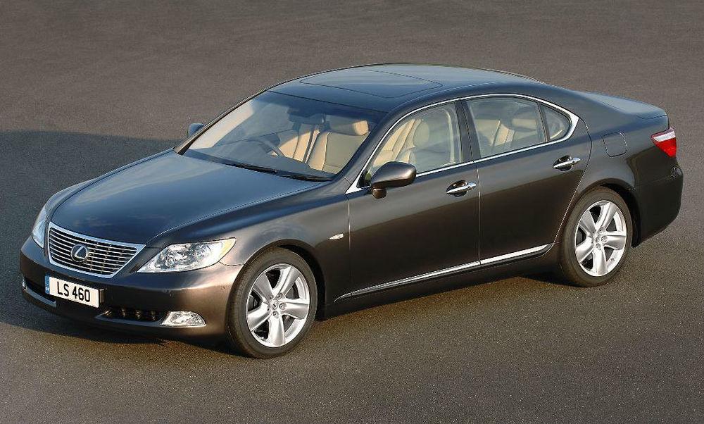 2007–Lexus-LS460