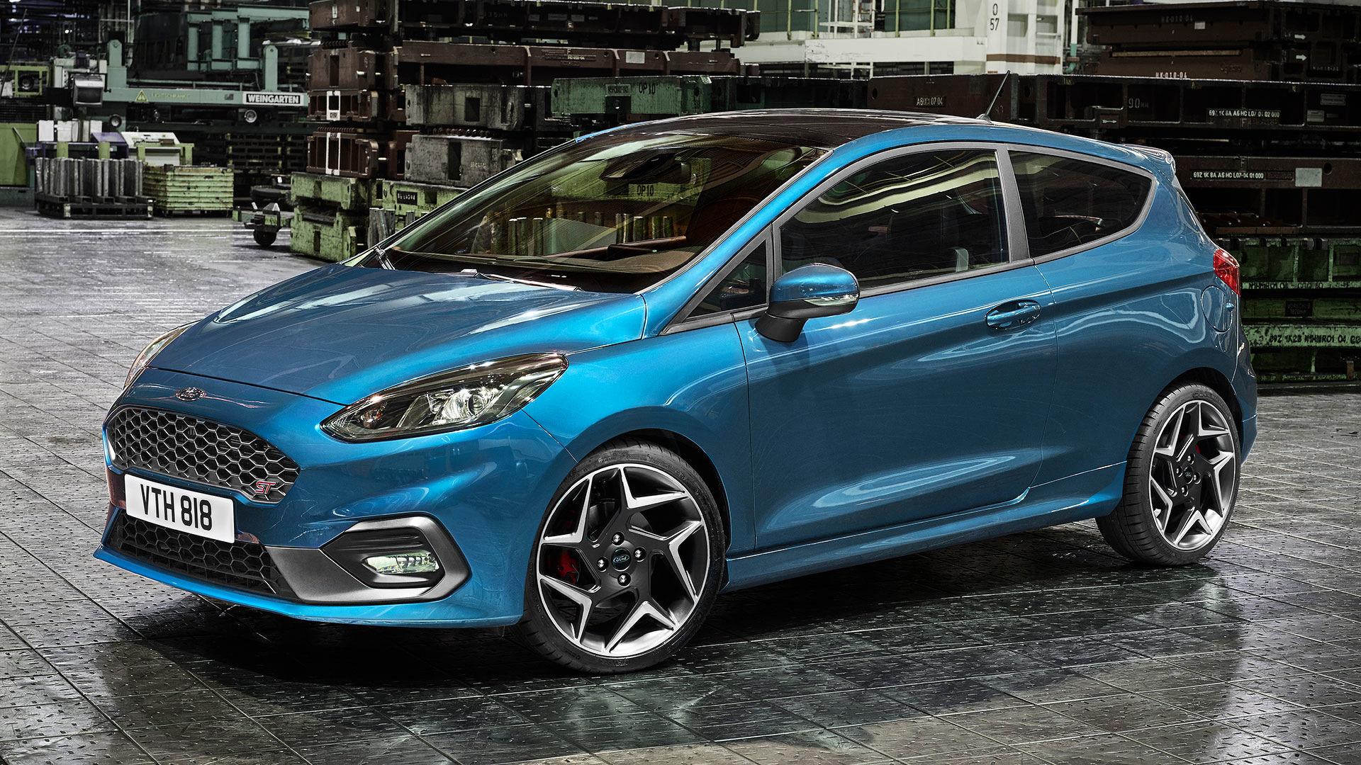 Novo Ford Fiesta ST redefine standards de condução dinâmica no seu segmento