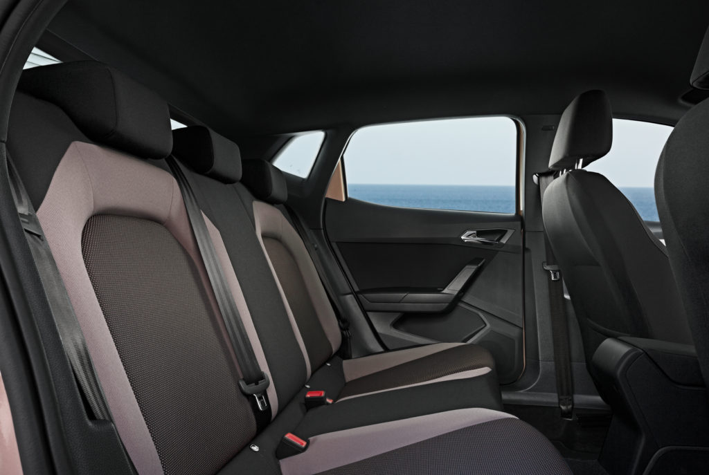 seat ibiza 1 6 tdi 115 cv ensaio automais. Black Bedroom Furniture Sets. Home Design Ideas