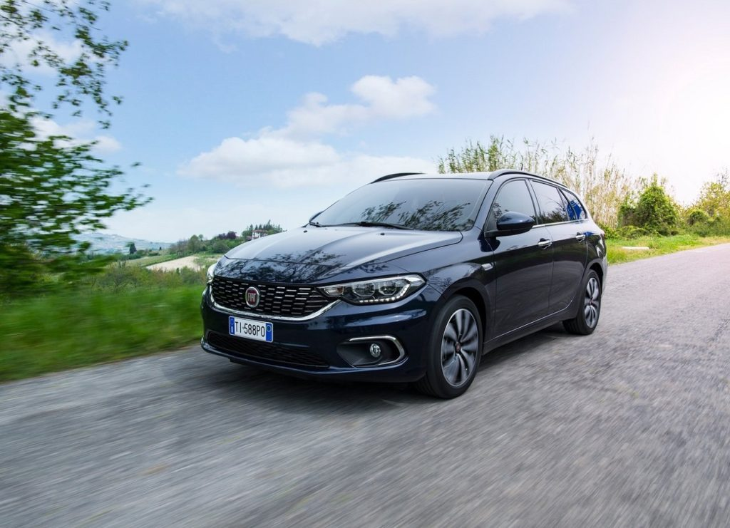 Fiat-Tipo_Station_Wagon-2017