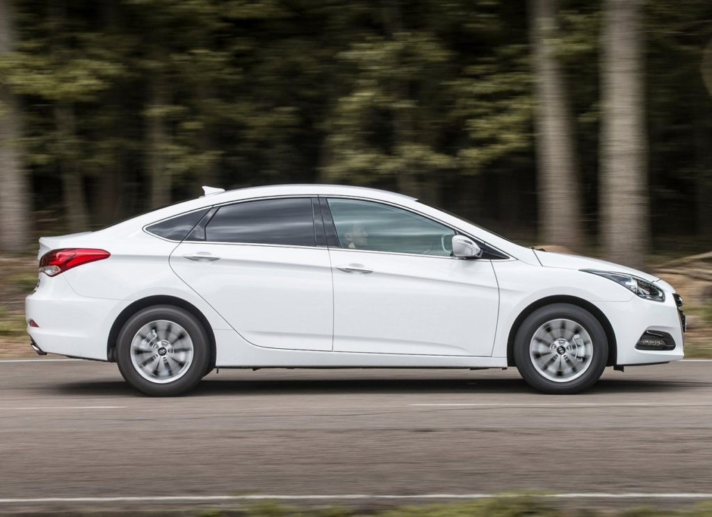 Hyundai-i40-2015-1280-0f