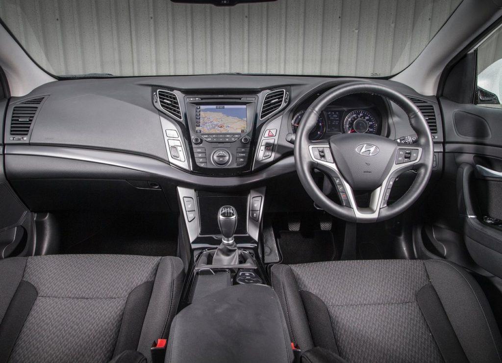 Hyundai-i40-2015-1280-16
