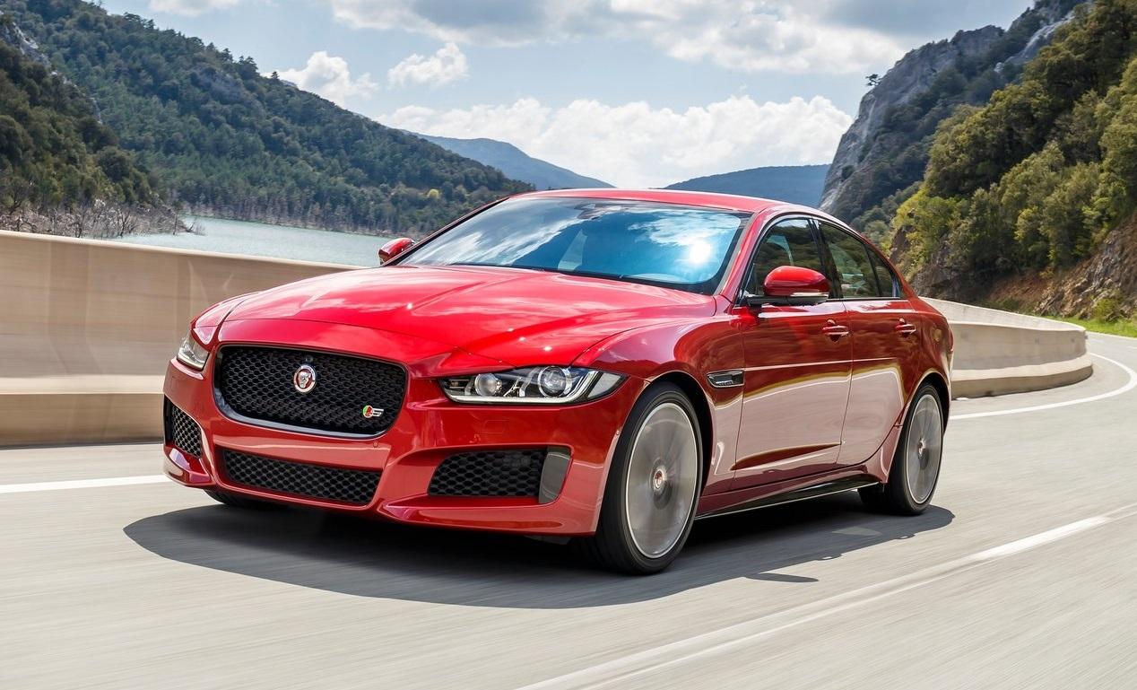 Jaguar descontinua versões S dos modelos XE e XF