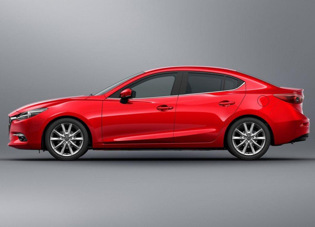 Mazda 3 Sedan 2017 (2)