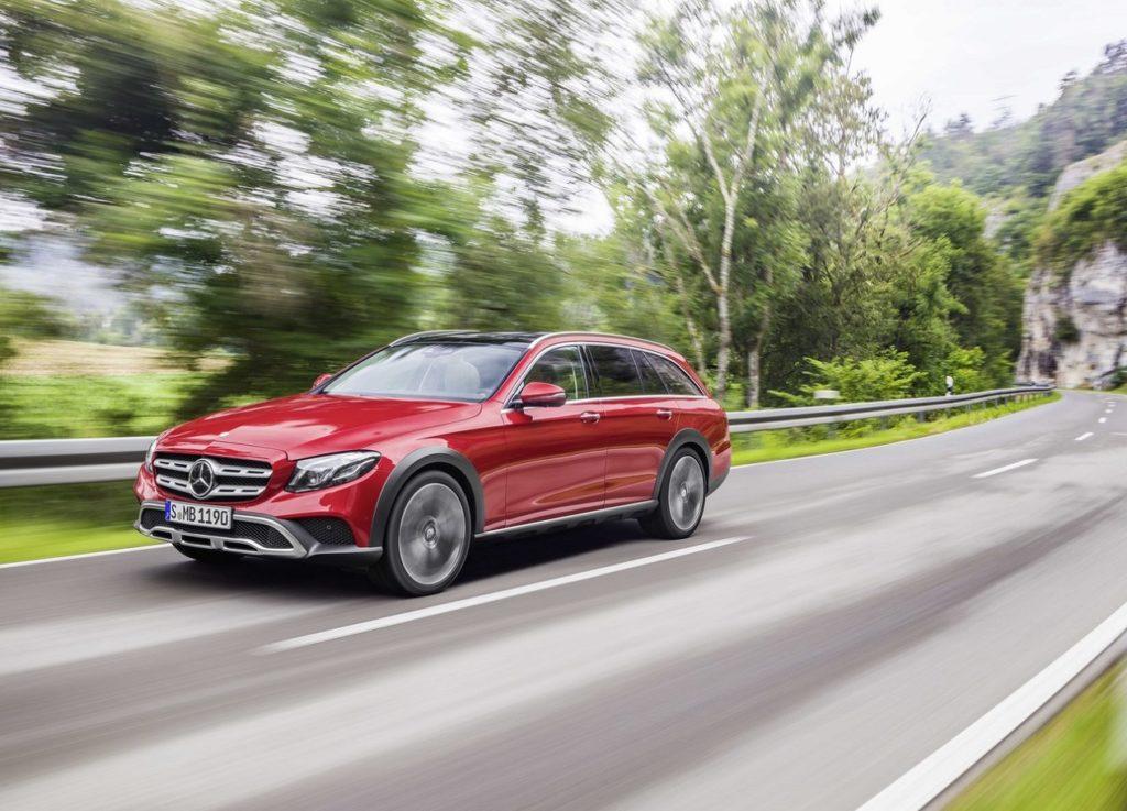 Mercedes-Benz-E-Class_All-Terrain-2017