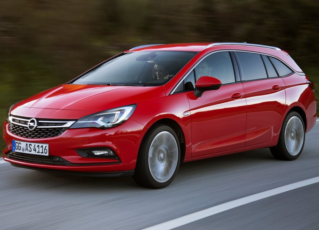 Opel-Astra_Sports_Tourer-2016