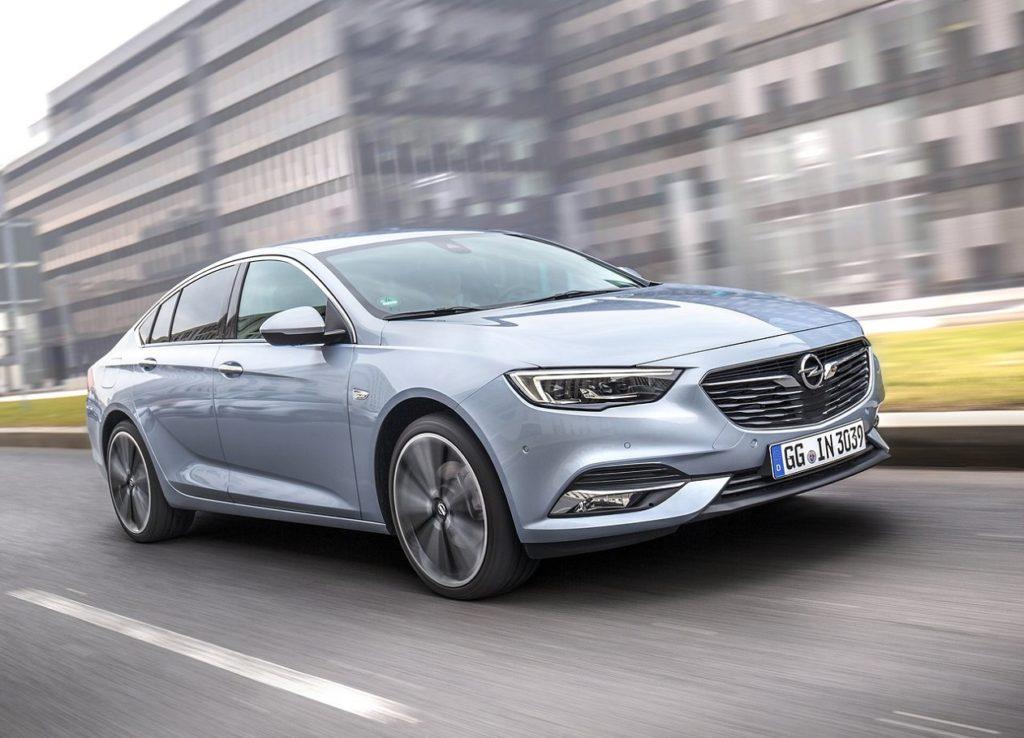 Opel-Insignia_Grand_Sport-2017