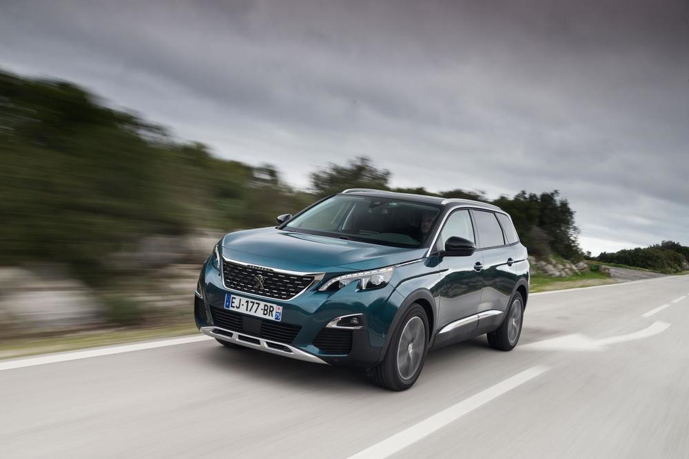 Peugeot-5008-