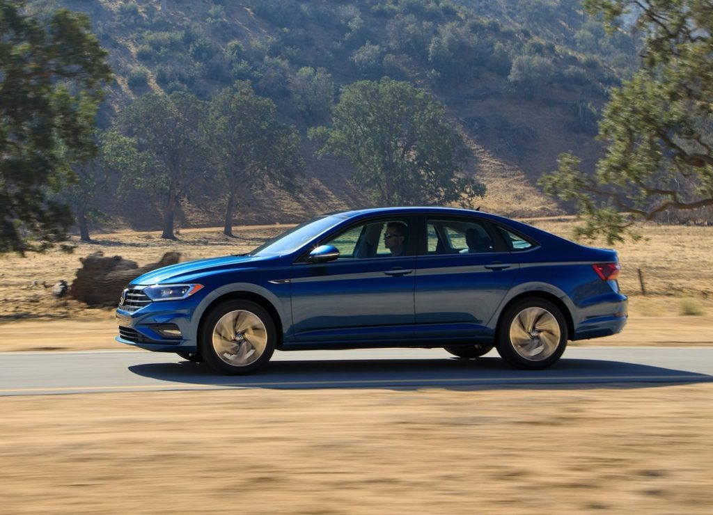 VW Jetta 2019 (1)
