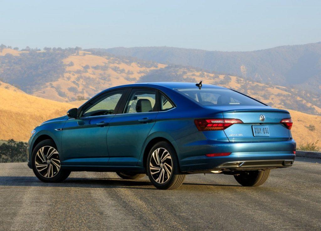 VW Jetta 2019 (4)