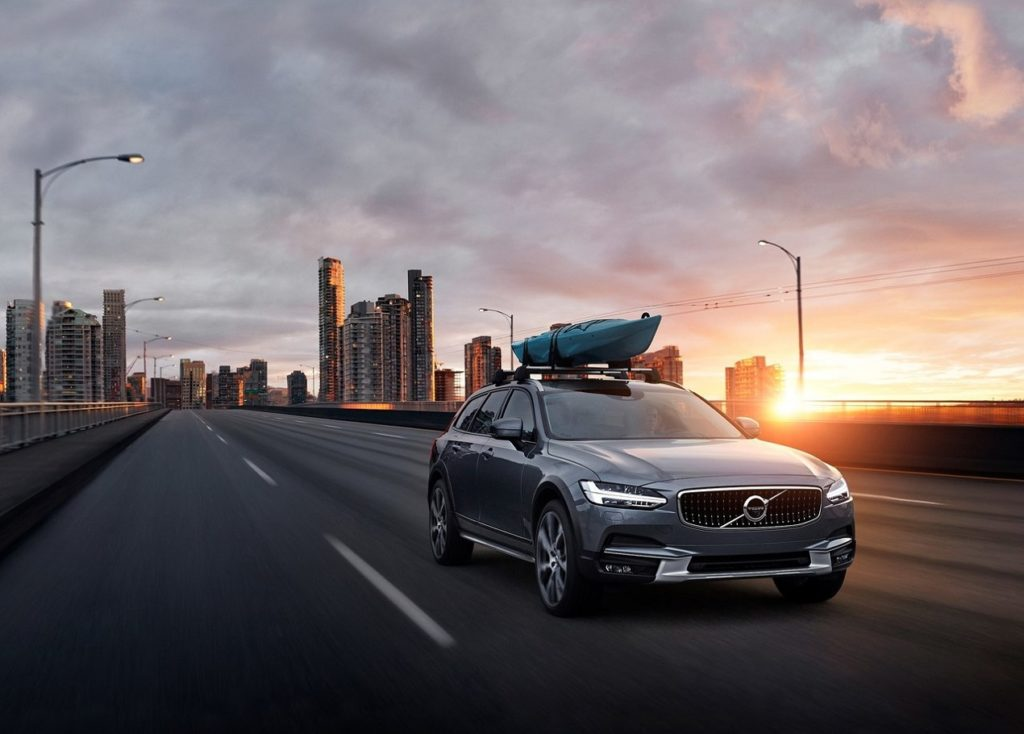 Volvo-V90_Cross_Country-2017
