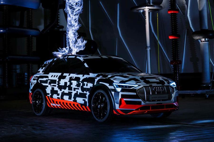 Audi E-tron terá uma autonomia de 400 km
