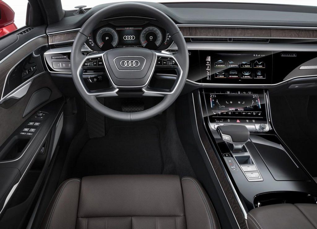 Audi A8 2018 (1)
