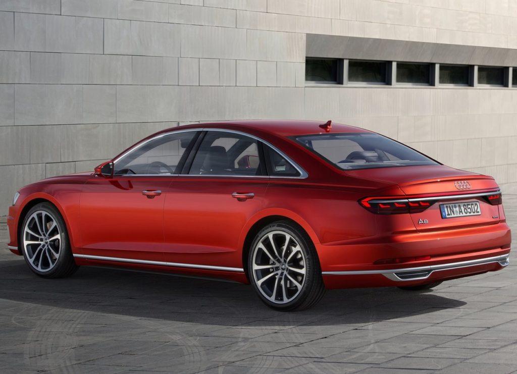 Audi A8 2018 (4)