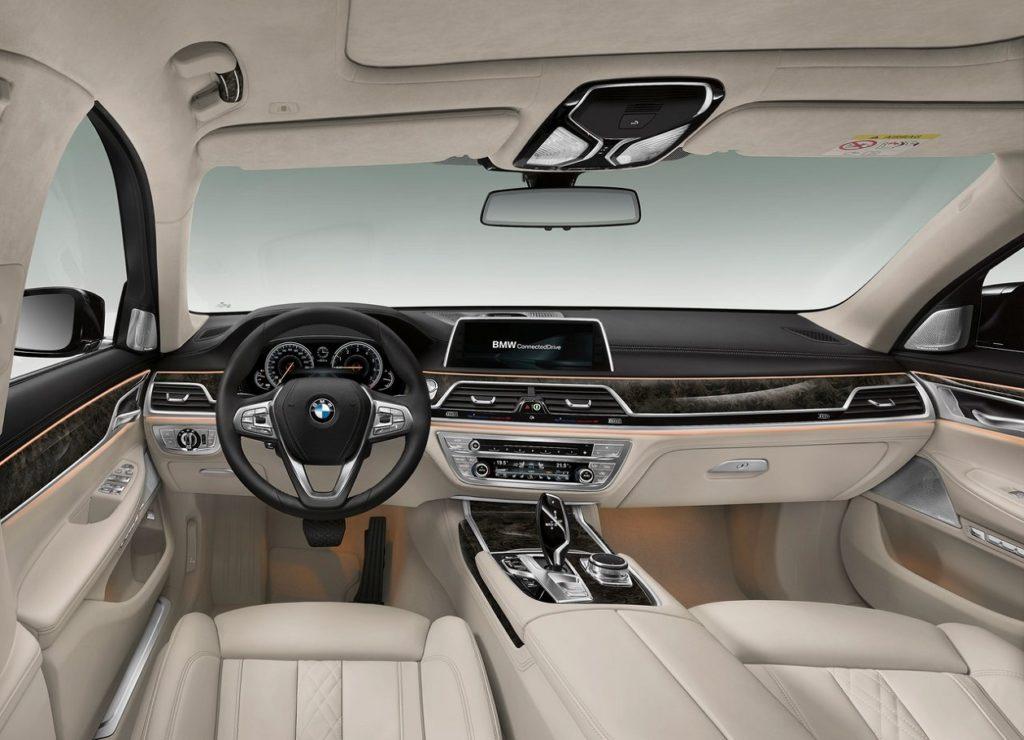 BMW Série 7 2016 (3)