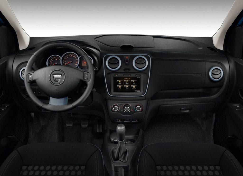 Dacia Lodgy Stepway 2015 (2)