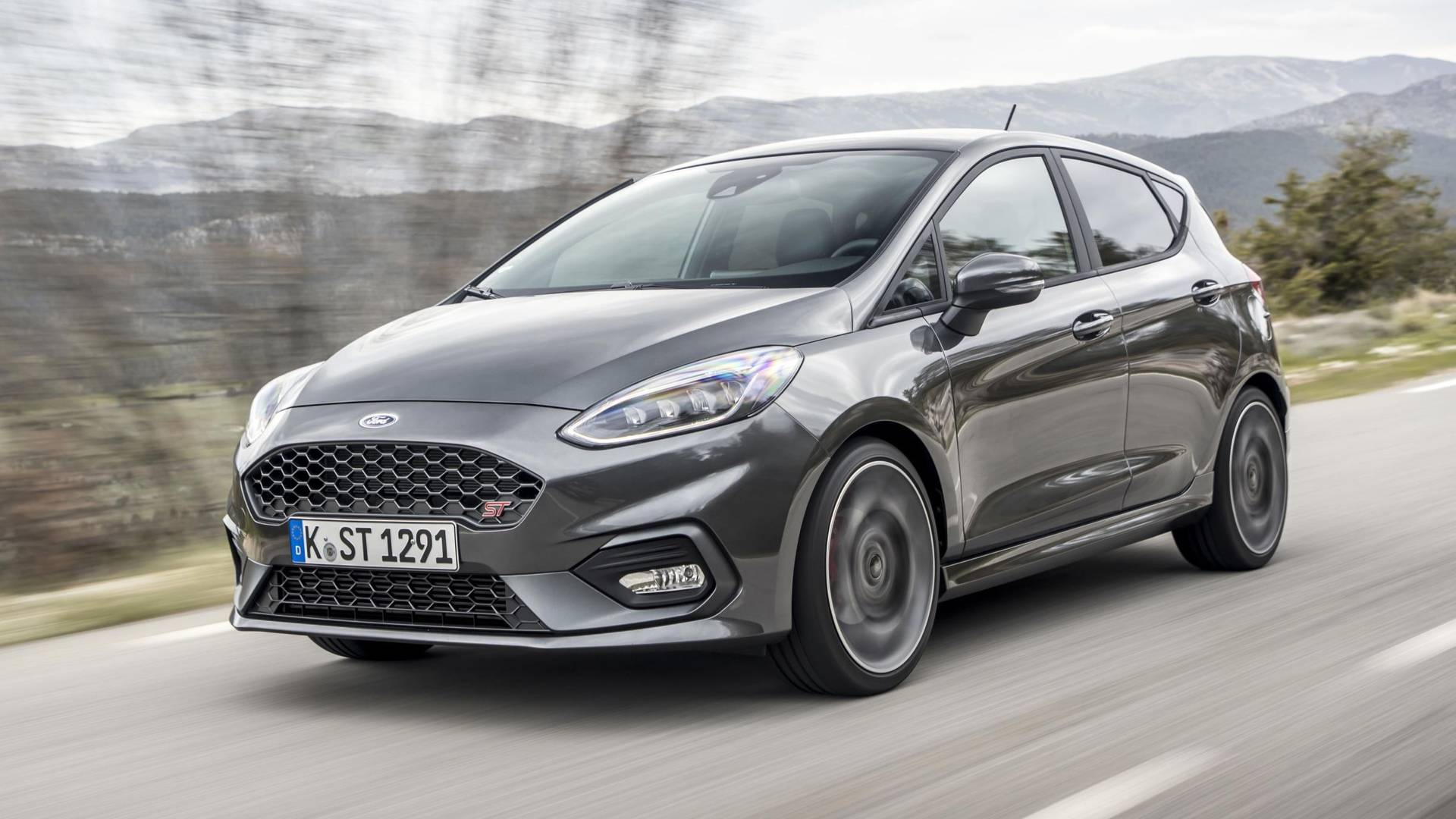 Ford Fiesta RS previsto para 2019 - Motores - SAPO