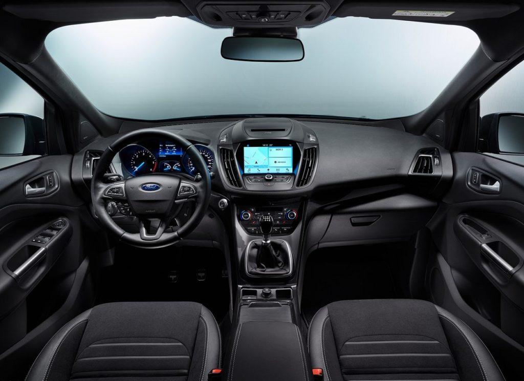 Ford Kuga 2017 (3)