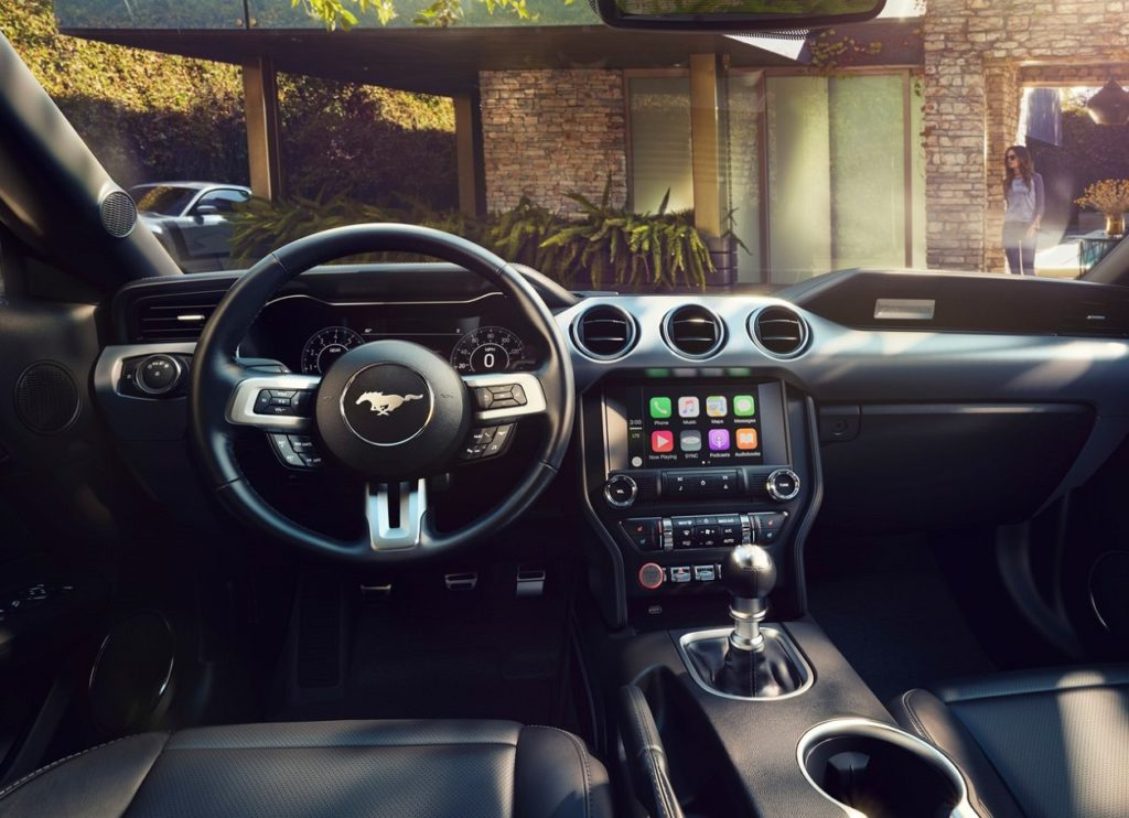 Ford Mustang 2016 (4)
