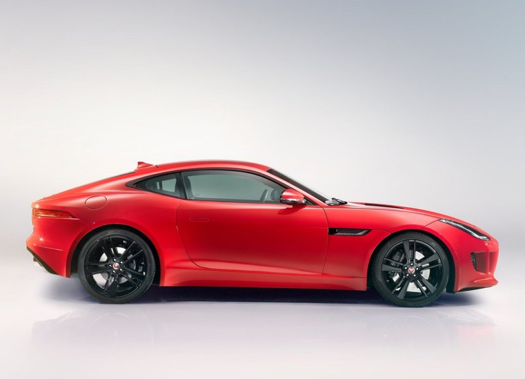Jaguar F-Type Coupé 2015 (2)