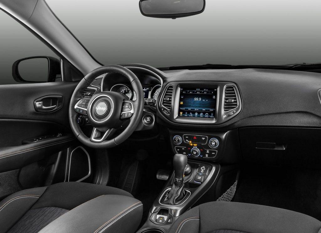 Jeep Compass 2017 (1)
