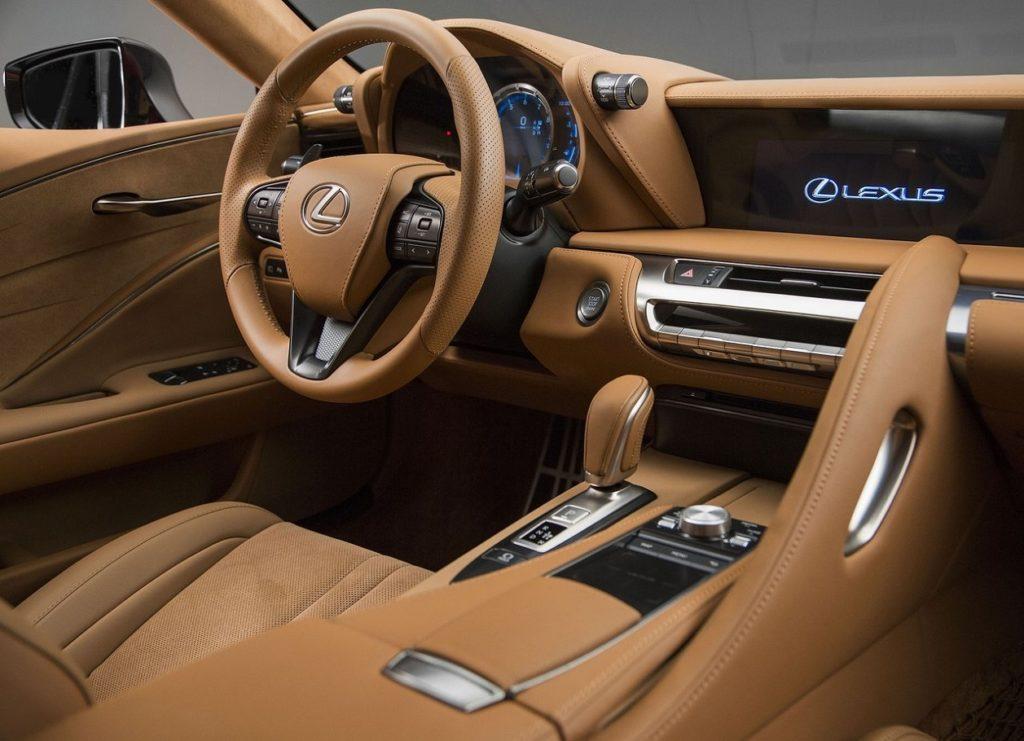 Lexus LC 2017 (4)