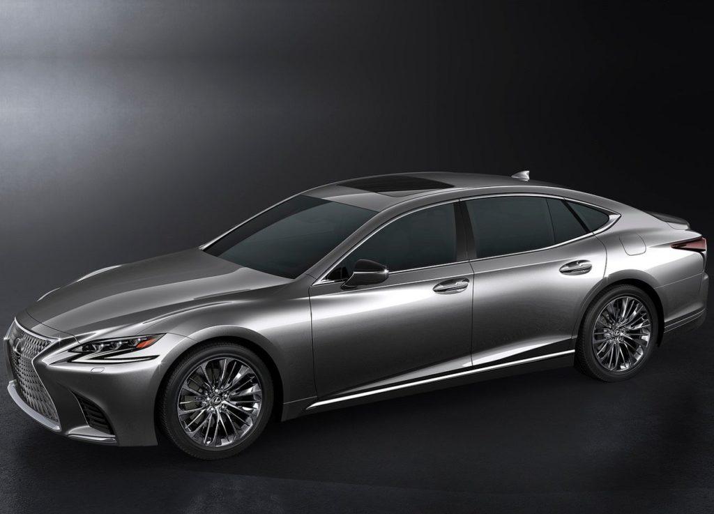 Lexus LS 2018 (2)