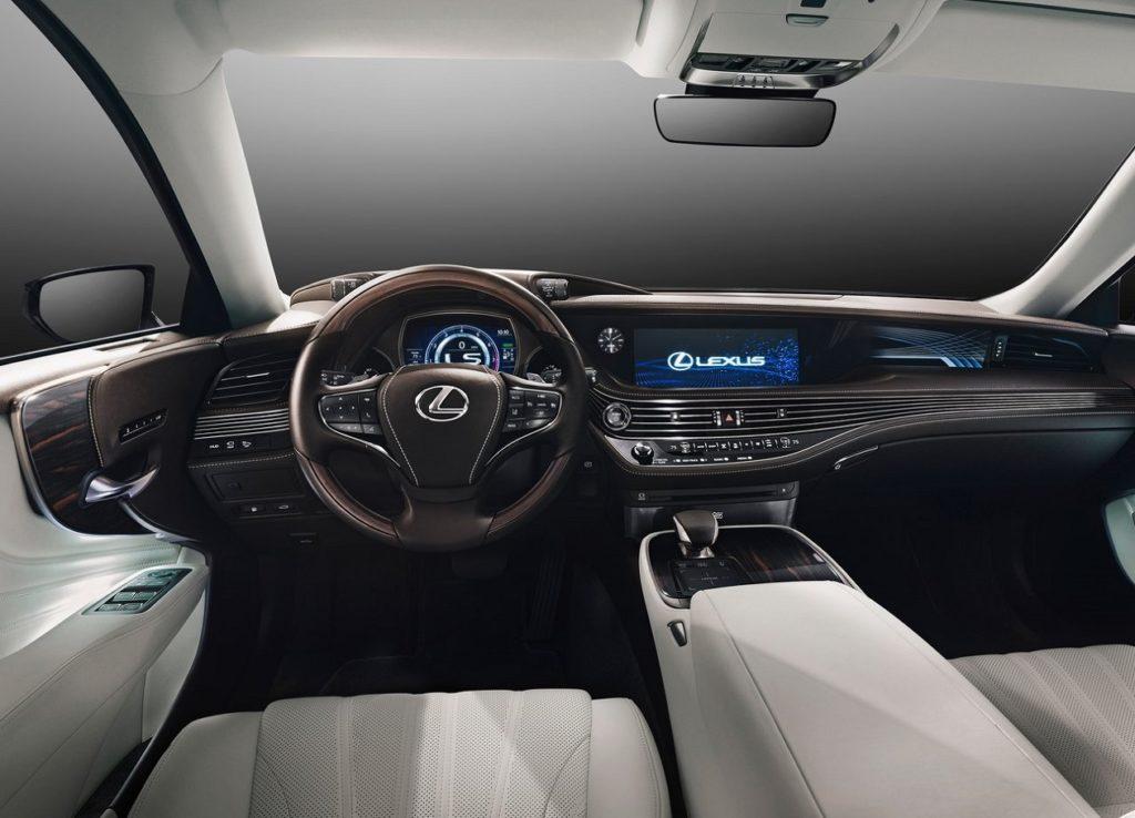 Lexus LS 2018 (4)